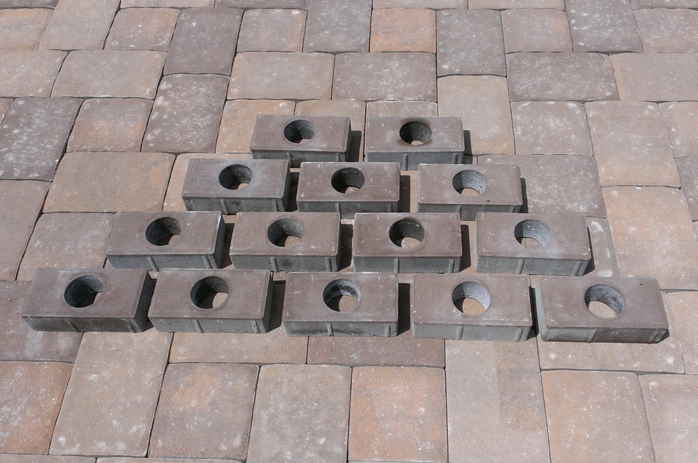Low Voltage Paver Wall Lights : Installation of Evening Star Lighting Products - Paver Lights - Deck Lights - Dock Lights - Wall ...